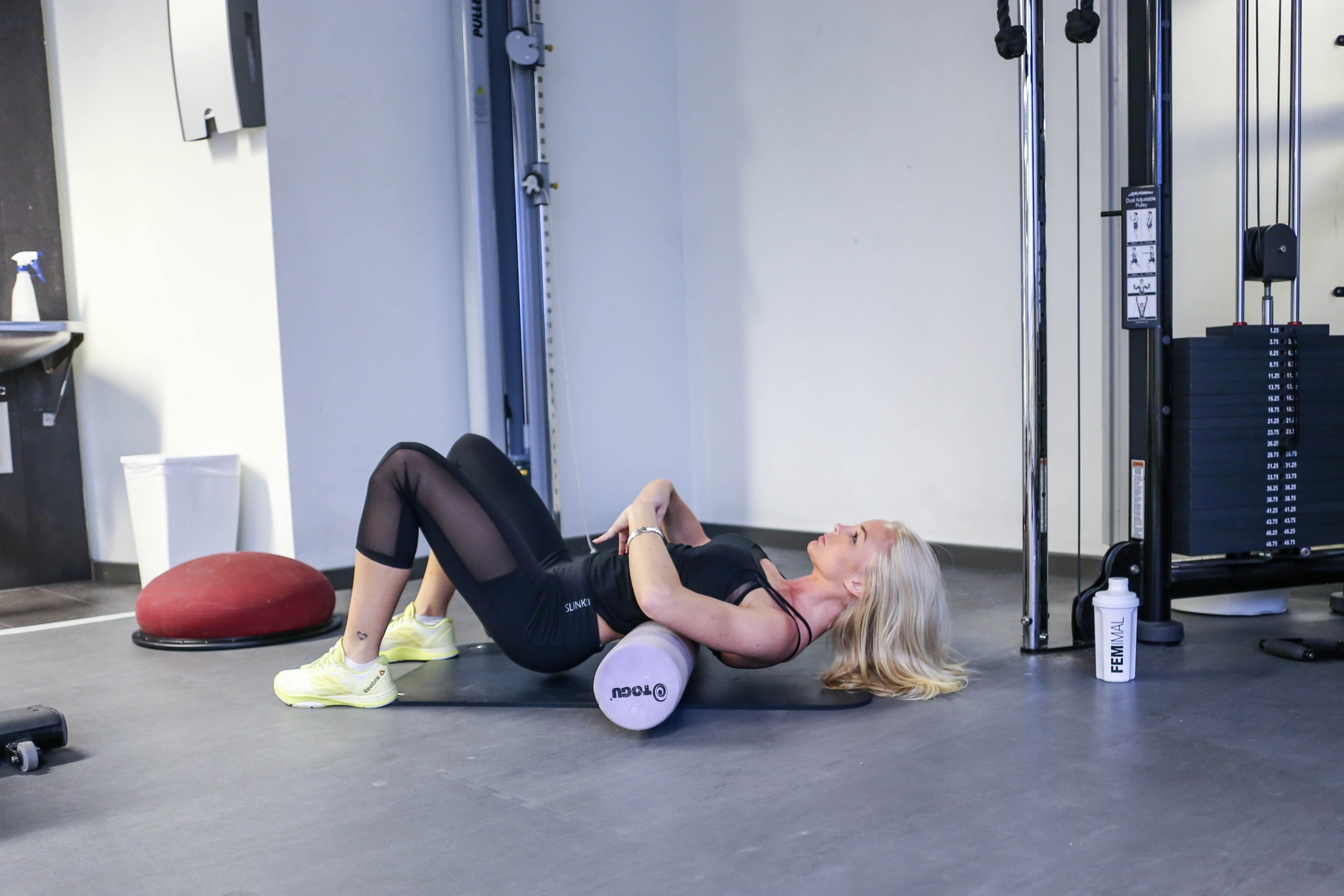 Alexandra Bring abs exercise-2
