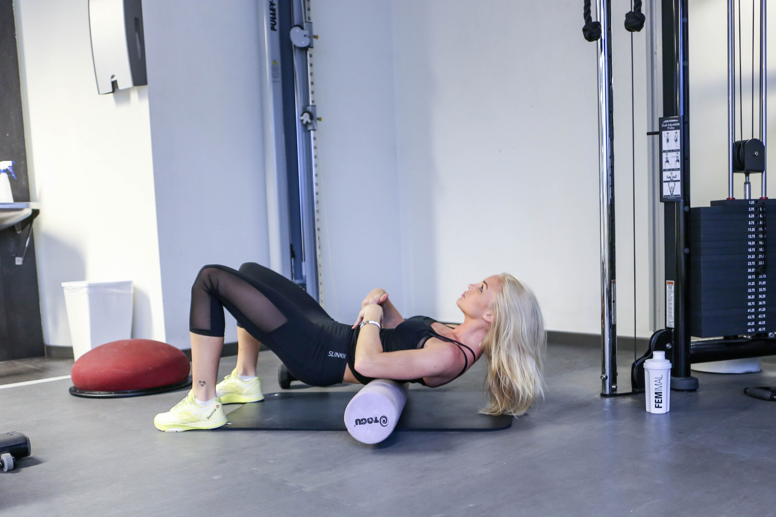 Alexandra Bring abs exercise